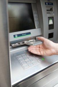 bankomat z gotówką