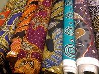 tkaniny w hurtowni tapicerskiej