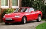 Czerwone auto