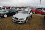 samochód marki BMW