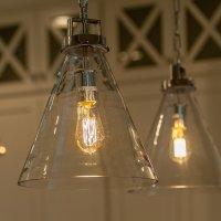 przezroczyste lampy