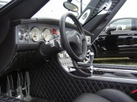 zapach wnętrza samochodu