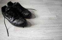 czarne buty sneakers